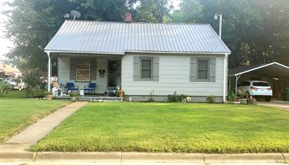 Residential Property for sale in 41 W Pecan St., Grenada, MS, 38901
