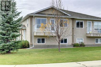 Single Family for sale in 3, 39 Highlands Place W, Lethbridge, Alberta, T1J4Y3