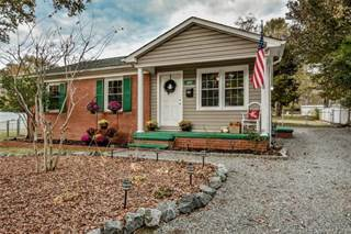 Single Family for sale in 422 Cabarrus Avenue, Mooresville, NC, 28115