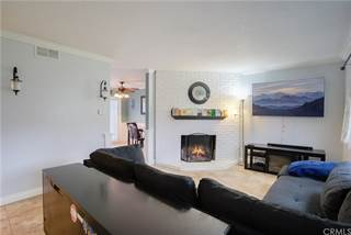 Townhouse for sale in 19902 Vermont, Huntington Beach, CA, 92646