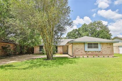 Residential for sale in 6714 Winding Trace Drive, Houston, TX, 77086