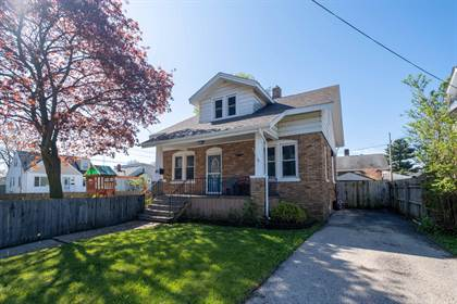Residential Property for sale in 805 73rd Street, Kenosha, WI, 53143