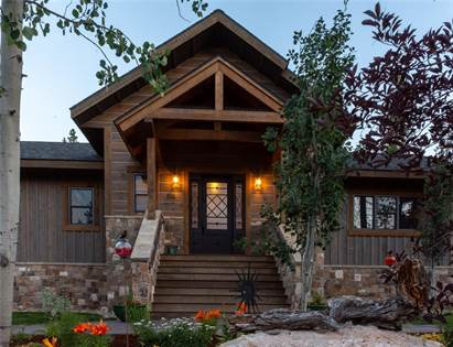 For Sale: 510 Gallatin Avenue, West Yellowstone, MT, 59758 - More on  POINT2HOMES com
