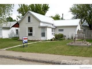 Single Family for sale in 4465 Price Avenue, Gull Lake, Saskatchewan