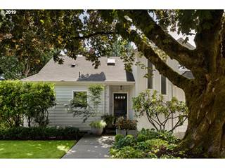 Single Family for sale in 6480 SW BURLINGAME PL, Portland, OR, 97239