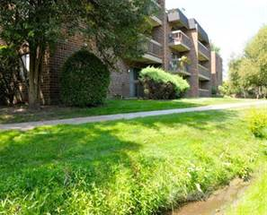 Apartment for rent in Willow Lake Apartments - 2 Bedroom 1.5 Bath D, Lombard, IL, 60148