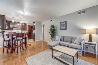 Condo for rent in 5306 Fleetwood Oaks Avenue 124, Dallas, TX, 75235