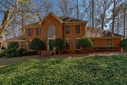Residential for sale in 5035 Willow Bluff Drive, Sandy Springs, GA, 30350