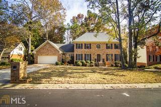 Single Family for sale in 2015 Parliament Dr, Lawrenceville, GA, 30043