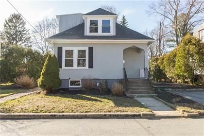 Residential for sale in 109 Lansing Avenue, Warwick, RI, 02888