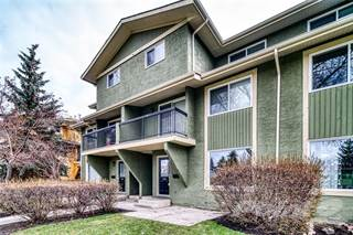 Townhouse for sale in 2200 WOODVIEW DR SW, Calgary, Alberta, T2W 3N6