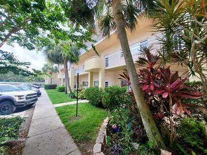 Residential Property for sale in 2022 CAMELOT DRIVE 27, Clearwater, FL, 33763