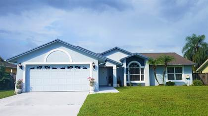 Residential Property for sale in 941 SE Candle Avenue, Port St. Lucie, FL, 34983