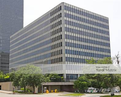 Office Space for rent in 2323 Grand Boulevard, Kansas City, MO, 64108