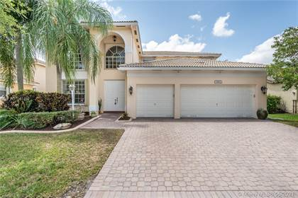 Residential Property for sale in 13812 NW 10th Ct, Pembroke Pines, FL, 33028