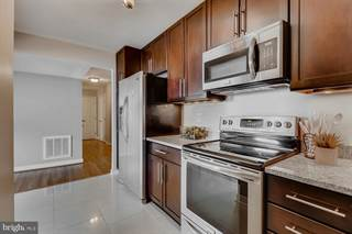 Apartment for sale in 1101 SAINT PAUL STREET 712, Baltimore City, MD, 21202