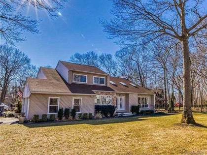 Residential Property for sale in 10 Hampton Drive, Center Moriches, NY, 11934