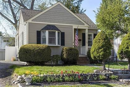 Residential for sale in 22 Buckmaster Road, Westwood, MA, 02090