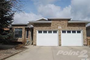 Residential Property for sale in 8214 Struthers CRESCENT, Regina, Saskatchewan, S4Y 1H7