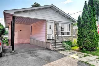 Duplex for sale in 244 Bradley Ave, Ottawa, Ontario, K1L 7E9