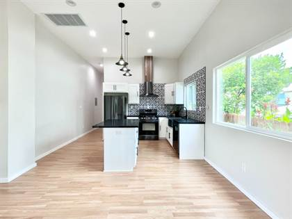 Multifamily for sale in 1710 Miramar St, Los Angeles, CA, 90017