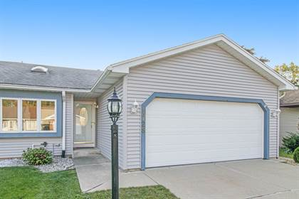 Residential for sale in 1728 Lowell Wood Drive, Mishawaka, IN, 46545