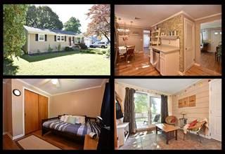 Single Family for sale in 296 Hunt Avenue, Warwick, RI, 02886