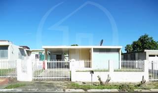 Apartment for sale in URB. VILLA CLARITA ST 4, Fajardo, PR, 00738