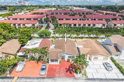 Residential for sale in 10621 SW 20th Ter, Miami, FL, 33165
