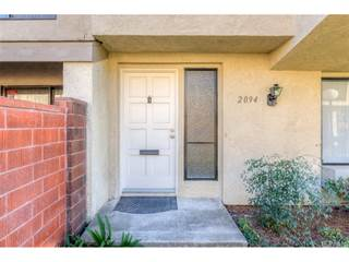 Townhouse for sale in 2094 S June Place, Anaheim, CA, 92802