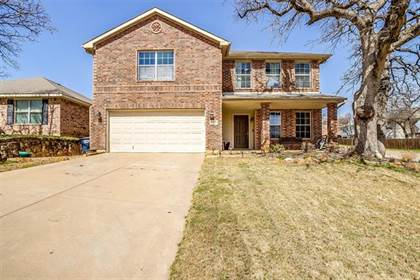 Residential for sale in 7573 Vanessa Drive, Fort Worth, TX, 76112