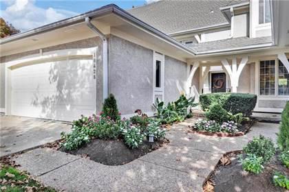Residential for sale in 10428 Garnett Street, Overland Park, KS, 66214