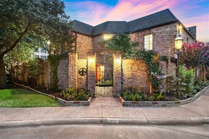 Residential Property for sale in 8622 Fontainbleu Street, Houston, TX, 77024