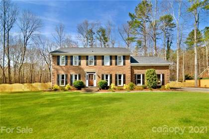 Residential Property for sale in 1401 Longleaf Court, Matthews, NC, 28104