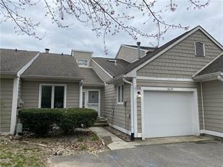 Condo for sale in 5629 Crittenden Avenue, Indianapolis, IN, 46220