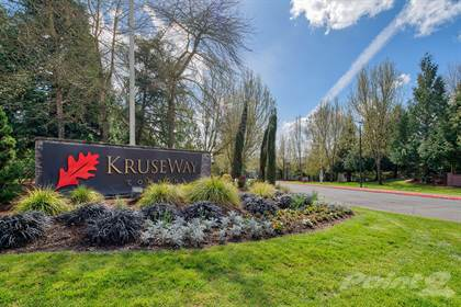 Apartment for rent in 4933 Parkview Dr, Lake Oswego, OR, 97035