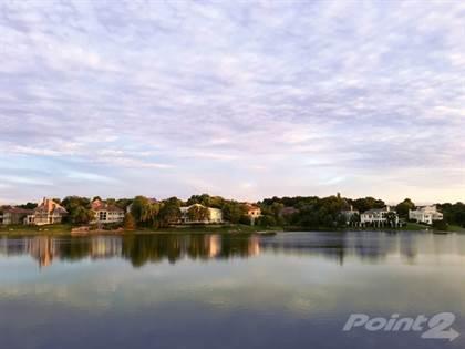 Single-Family Home for sale in 605 NE Shoreline Drive , Lee's Summit, MO, 64064