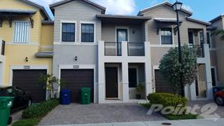 Townhouse for sale in 10409 NW 61 Ln, Doral, FL, 33178