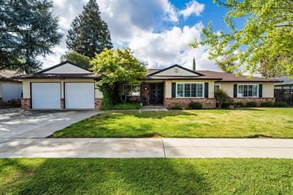Residential for sale in 941 E Minarets Avenue, Fresno, CA, 93720