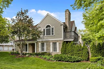 Residential Property for sale in 203 Racquet Club Court, Hinsdale, IL, 60521