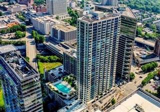 Condo for sale in 400 W Peachtree Street NW 1303, Atlanta, GA, 30308