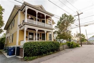 Condo for sale in 76 Lawn Avenue 1, Warwick, RI, 02888