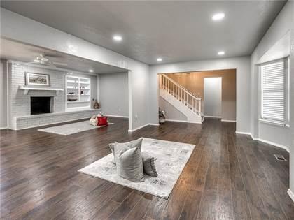 Residential for sale in 6905 Woodridge Avenue, Oklahoma City, OK, 73132
