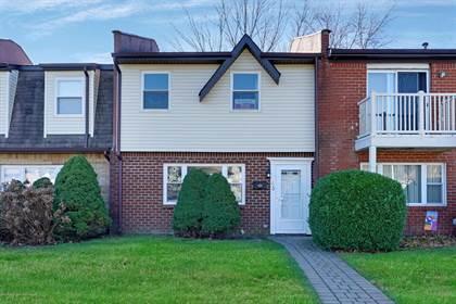 Residential Property for sale in 110 Miranda Court, Brick, NJ, 08724