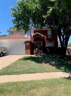 Residential for sale in 5709 Vandalia Trail, Arlington, TX, 76017