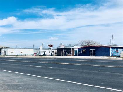 Commercial for sale in 1919 S Hutchings, Ballinger, TX, 76821