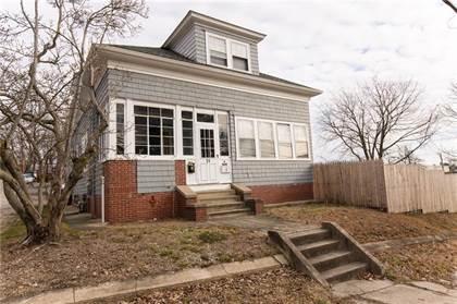Multifamily for sale in 15 Chestnut Hill Avenue, Cranston, RI, 02920