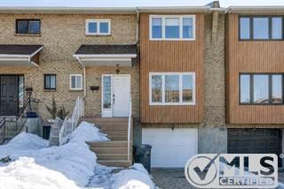 Residential Property for sale in 2406 Rue Robitaille, Saint-Laurent, Quebec, H4K2V7
