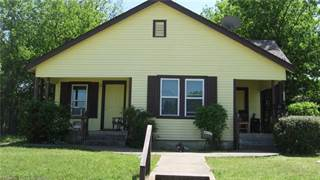 Multi-family Home for sale in 1004 E Powell Avenue, Fort Worth, TX, 76104