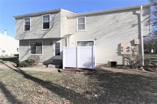 Condo for sale in 571 Summer Winds Lane, Saint Peters, MO, 63376